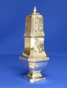 A very nice English Silver Sugar Caster, London 1967, height 18 cm, in very good condition. Price 250 euro reduced to 195 euro