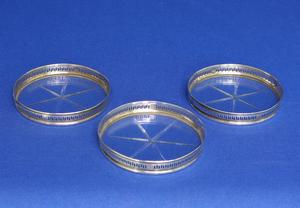 A very nice Set of Three Sterling Silver Coasters, diameter 8 cm, in very good condition. Price 65 euro reduced to 42 euro