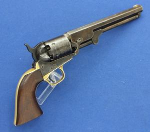 A very nice Antique  American Colt 1851 Navy Percussion Revolver, .36 caliber, length 35 cm, in very good condition. Price 1.950 euro