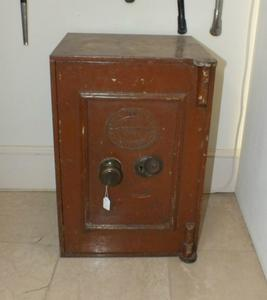 A very nice antique English Safe, height 56 cm, Price 495 euro