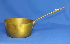 A very nice 19th Century antique Brass Pan, diameter 18 cm. Price 195 euro