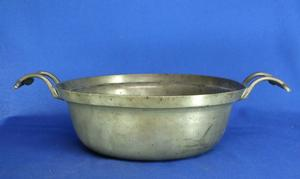A very nice 19th Century German antique Pewter Fruit Bowl, by CARL FINCK (MAINZ) wide incl.grips 41 cm. Price 180 euro