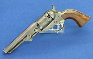 A fine antique American Colt Pocket Model 1849 5 shot percussion .31 Caliber revolver, 5 inch barrel, length 27 cm, in very good condition. Price 2.325 euro