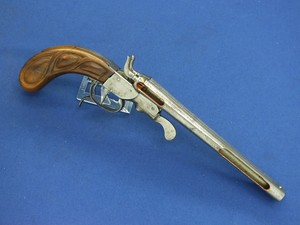 A scarce 19th century antique Cutaway Double Barreled Black Powder Center Fire Pistol, caliber 10,8 mm, length 37 cm, in very good condition. Price 550,- euro
