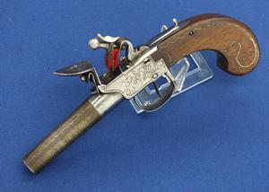 A very nice antique 18th Century French Flintlock Boxlock Pistol, caliber 13 mm, length 21 cm, in very good condition. Price 550 euro