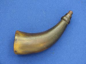 A very nice antique 19th Century Small Powder Horn, height 14 cm, in very good condition. Price 75 euro