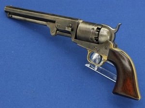 A very nice antique Colt 1851 Navy Percussion Revolver, .36 caliber, length 35 cm, in very good condition. Price 2.900 euro