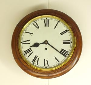 A very nice antique English 19th Century Pub Clock. diameter 33 cm,  Price 750 euro