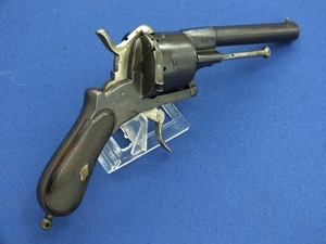 A very nice antique French Pinfire Revolver, caliber 10 mm, length 27 cm, in very good condition. Price 750 euro