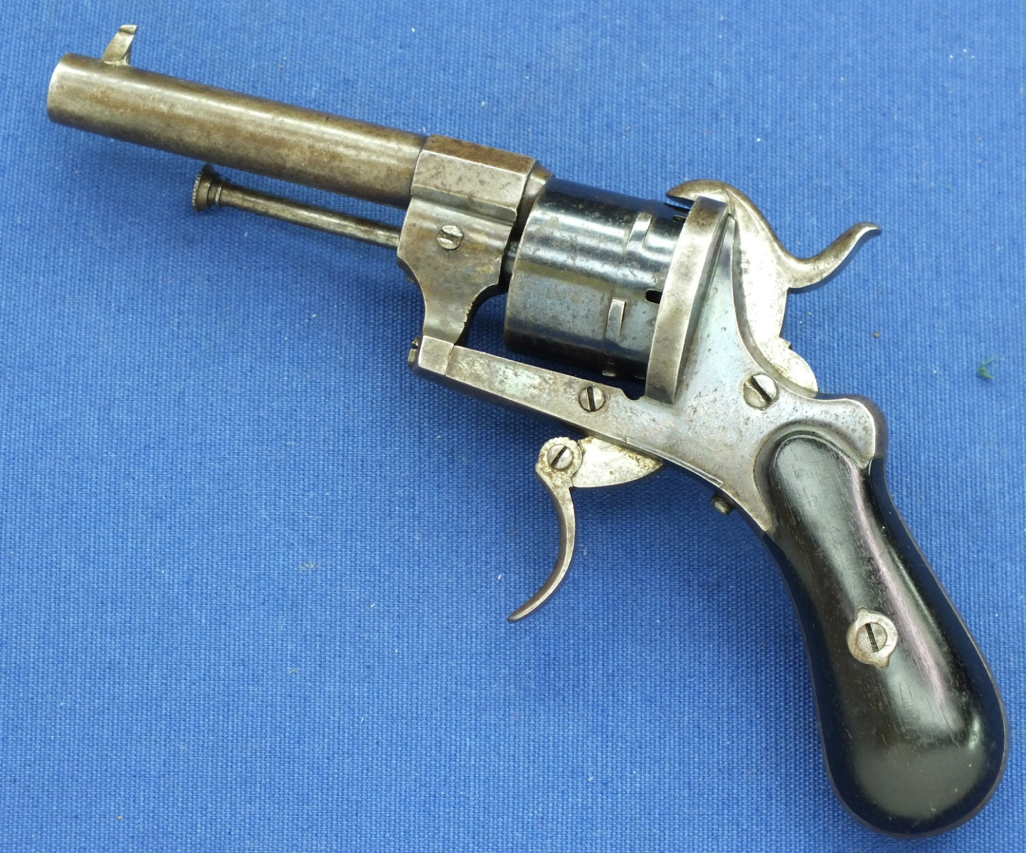 A very nice antique Liege Pinfire Revolver, caliber 7 mm, length 19